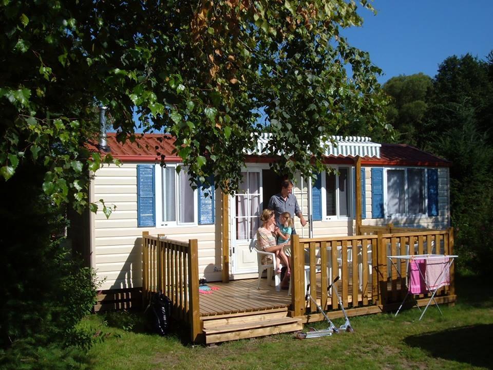 Location mobil home Vosges : Camping Clos De La Chaume vue sur le Cottage Chene
