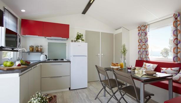 Mobil home et son salon dans les Vosges à Corcieux