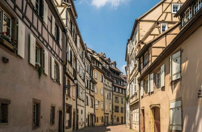 Camping Clos De La Chaume : Ruelle Alsace