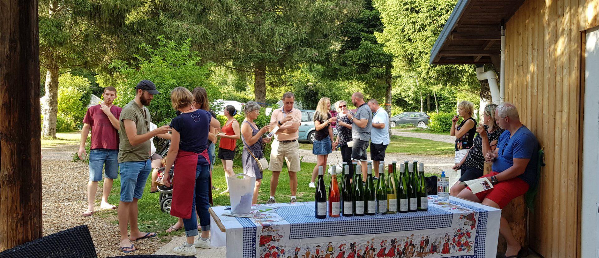 Camping Clos De La Chaume : Dégustation Vin Alsace Haute Saison Au Camping Sites Et Paysages Au Clos De La Chaume